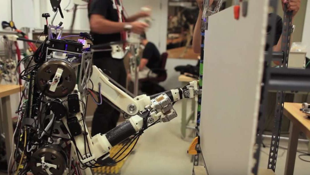 Το ΜΙΤ φτίαχνει ρομπότ με ανθρώπινα αντανακλαστικά